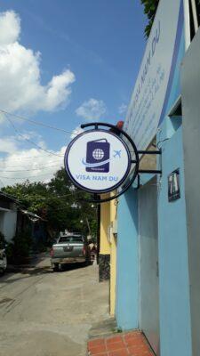 Hộp đèn hút nổi cửa hiệu siêu đẹp Biên Hoà