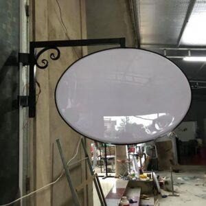 Mẫu bảng hiệu hộp đèn o van đẹp