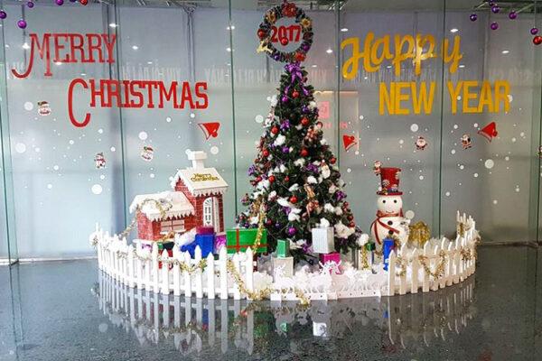 Decal noel tphcm, Decal trang trí văn phòng - Noel - Tết nhanh giá rẻ tại tp hcm