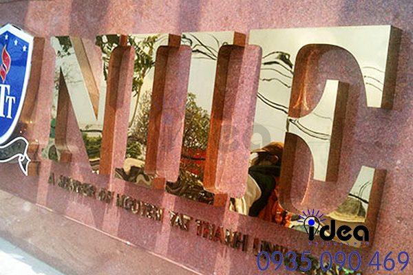 Mẫu bảng hiệu quảng cáo Inox Ăn mòn đẹp