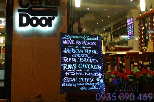 Tổng hợp mẫu bảng hiệu quảng cáo quán ăn, nhà hàng, quán phở,...