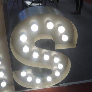 Mẫu bảng hiệu bóng đèn tròn chữ nổi
